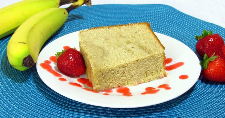 Banana Pound Cake with Strawberry Puree Recipe