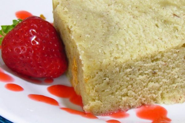 Banana Pound Cake with Strawberry Puree